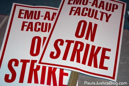 on strike signs